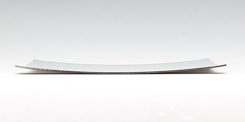 凹面鏡の曲がり具合の例